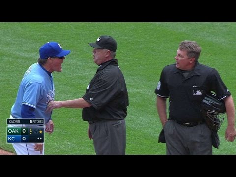 OAK@KC: Yost, Eiland ejected after Cain hit by pitch
