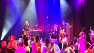 Rock the Boat - Royal Caribbean Anthem of the Seas, Music Hall, Anthem Rocks
