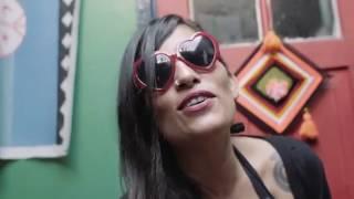 LaVitrola.cl: Roja y Negro (Santander ★ Tijoux ★ Durán) ft. Che Chino - Asaltango