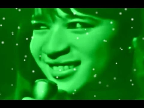 The Ronettes - Frosty The Snowman (Music Video)
