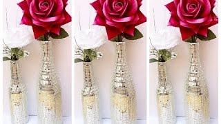 Garrafa decorada com fita espelhada por Show de Artesanato