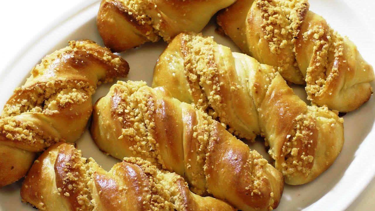 Оооочень вкусные булочки с орешками. delicious buns with nuts.