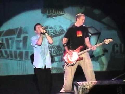 Linkin Park - P5hng Me A*wy (Los Angeles, Meteora World Tour 2004)