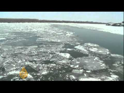 Frozen Danube closed to shipping