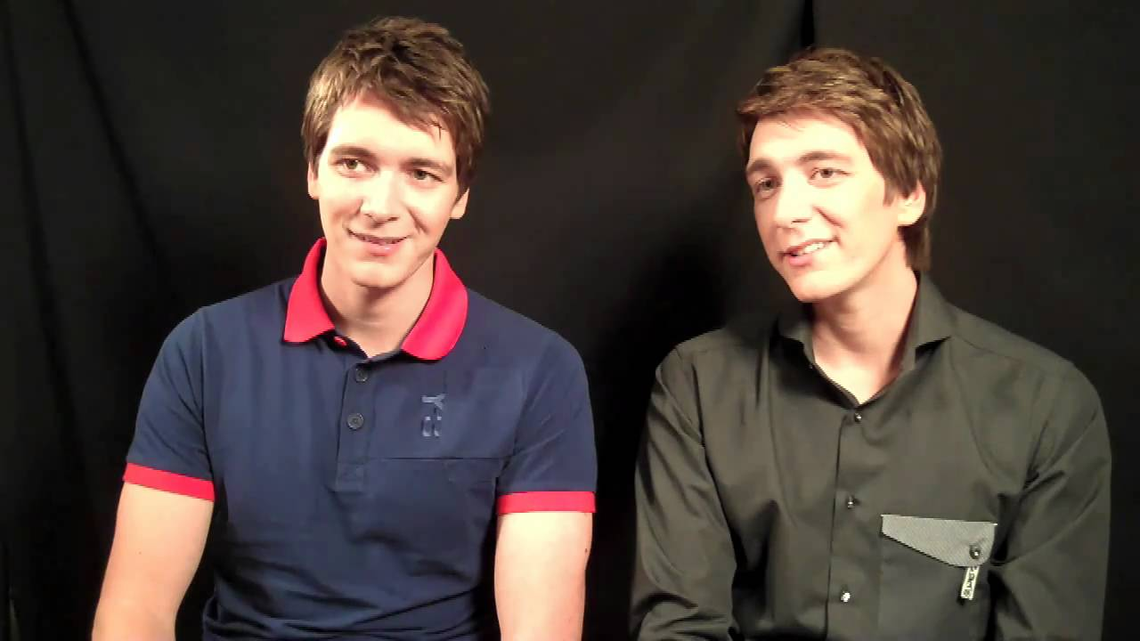 First News TV chats to James and Oliver Phelps - YouTube