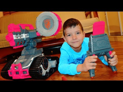 NERF Drone и битва в детской Мама против Дениса