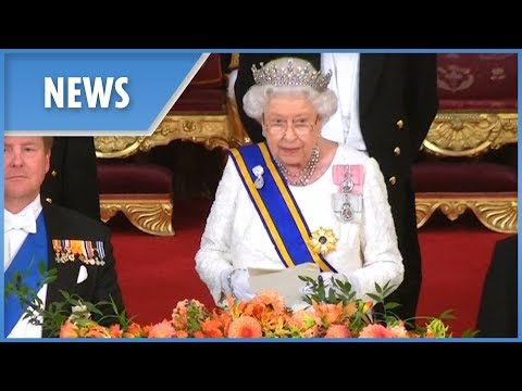 Queen hosts extravagant Royal banquet for Dutch King
