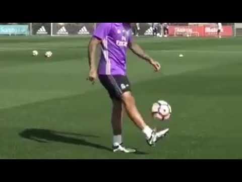 Skill juggling Marcelo & Neymar