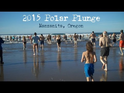 2015 New Year's Day Polar Plunge, Manzanita, Oregon
