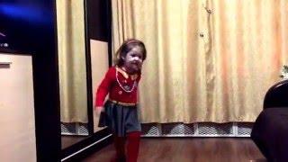 Бьянка любимая певица с детства Веры 2,6 лет, танцуем