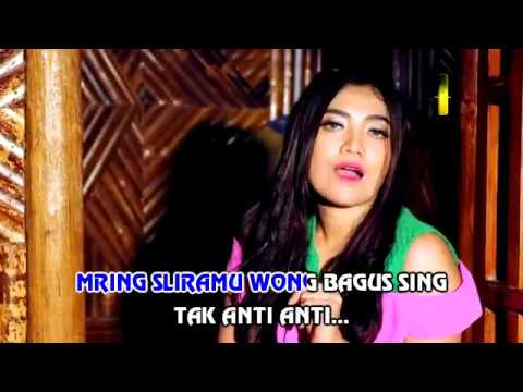 Remuk Atiku - Deviana Safara (Official Music Video)