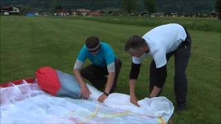 How to fold a Paraglider with Mac Para C Rod Technology