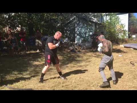 "Chris ""Mighty Mouse"" Yarborough vs Joel ""White Dragon"" Littleton, Sparring 10-07-17"