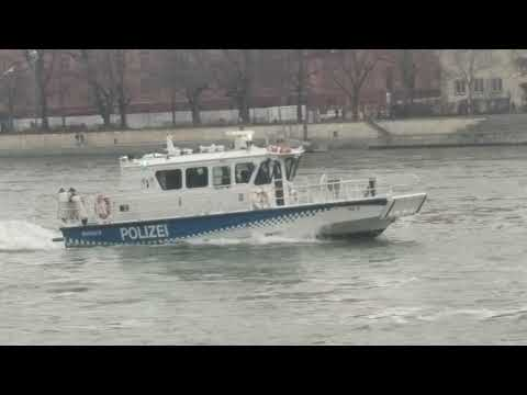 Polizei Boot Rheinschiffahrt Basel switzerland Schweiz  Shipping Police boat 23 Jan Basel