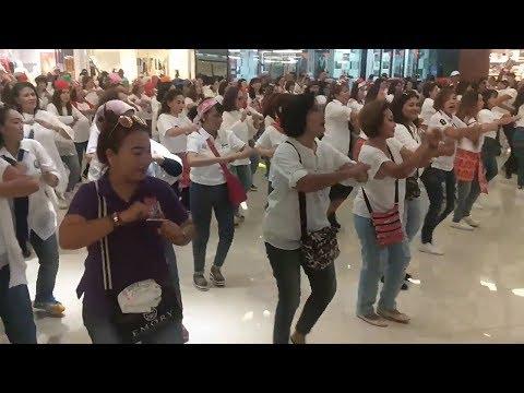 Relawan Jokowi Bikin Flashmob Untuk Dukung Pilpres Damai