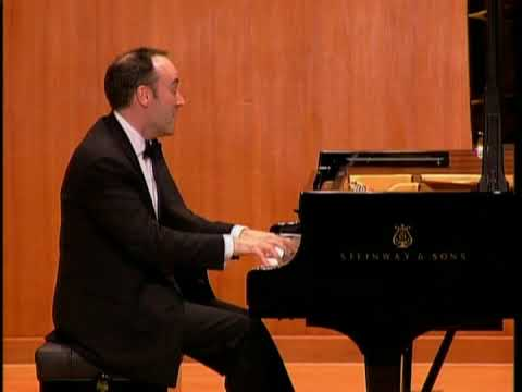 Leon McCawley - Mozart Piano Sonata K570 (No. 17 in B flat major) - 3. Allegretto
