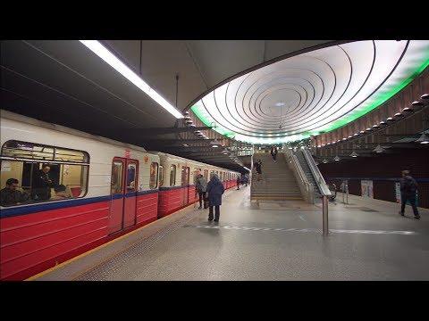 Poland, Warsaw, metro ride from Marymont to Plac Wilsona, 11X elevator, 4X escalator
