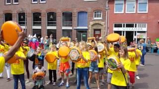 Kinderkaasmarkt2014 kaasdans het vlot