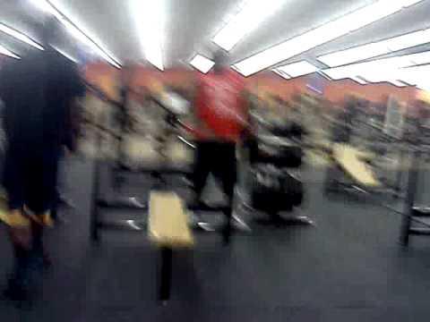 Branden Williams 185 lbs bench press epicfail