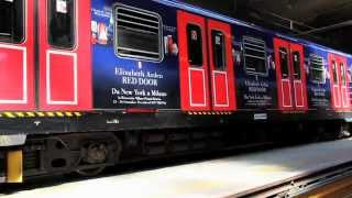 Campagna Elizabeth Arden - Metropolitana Thumbnail