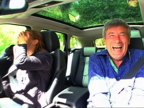 Range Rover Evoque Drives Vicki To Tears - Fifth Gear