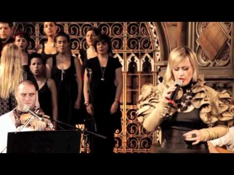 Alice Russell - Crazy (Gnarls Barkley's Cover) - Live @London's Union Chapel
