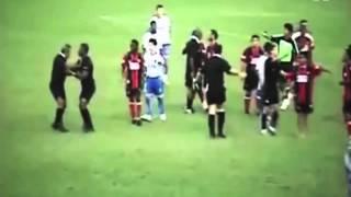 Jugadores Vs Arbitros Peleas Locas HD