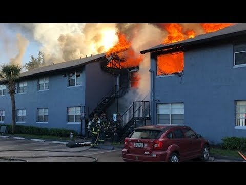 32 displaced after massive Orlando apartment fire
