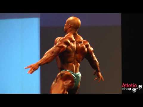 Arnold Classic Europe 2013   Phil Heath posing routine