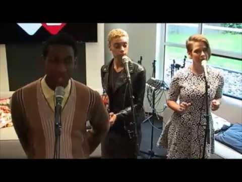 Leon Bridges - 'Better Man' - Live @ NPO Radio 2