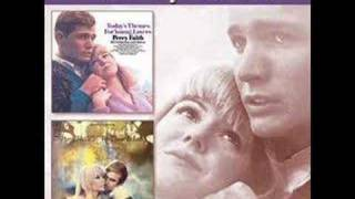 Watch Percy Faith Yellow Days video