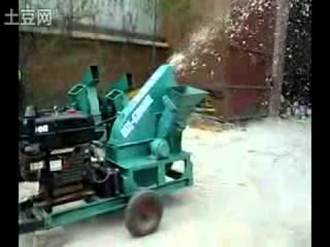 wood chipper with diesel engineer from Sally Gao,China TEL.whatsapp: 0086-15937125109