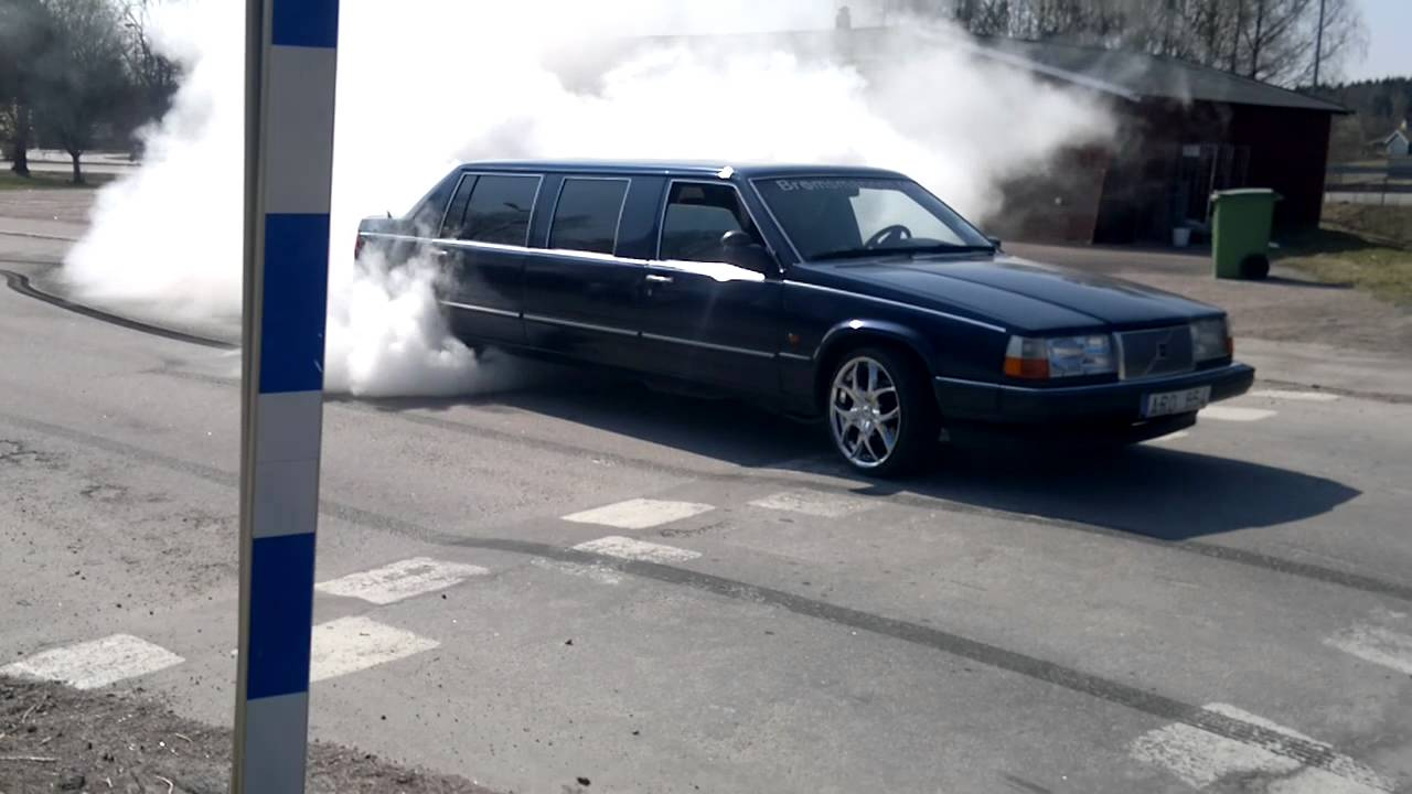Burnout With My Volvo 960 1993 Limousine Youtube