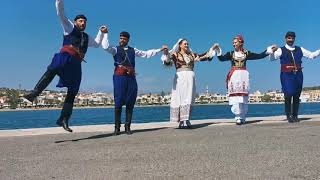Traditional Cretan music and dances