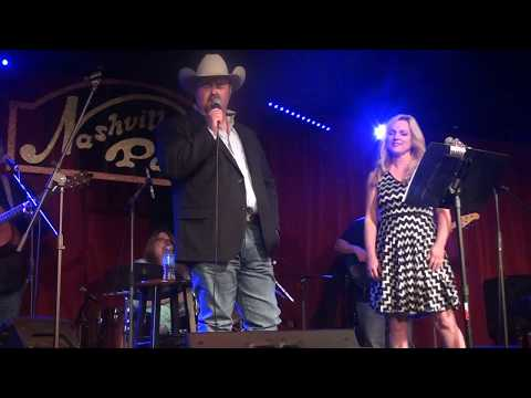 Rhonda Vincent & Daryle Singletary - A Picture Of Me Without You