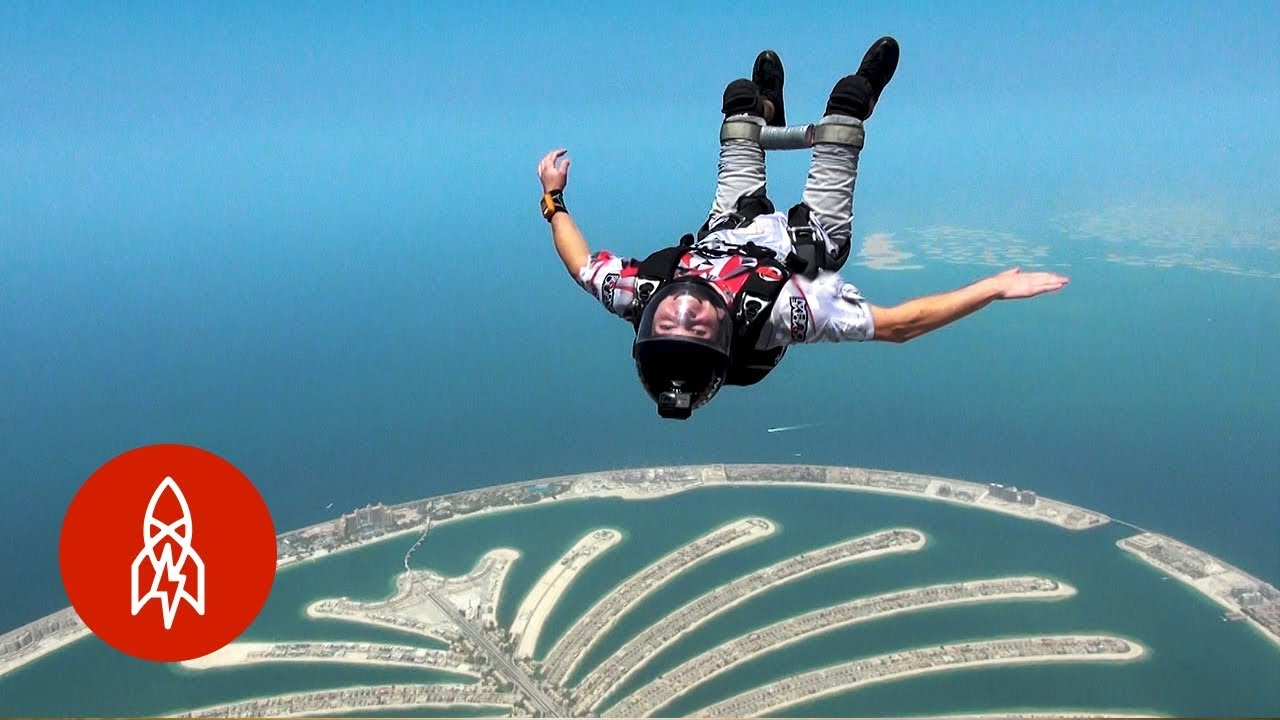 Soaring Over Dubai With a Paralyzed Skydiver
