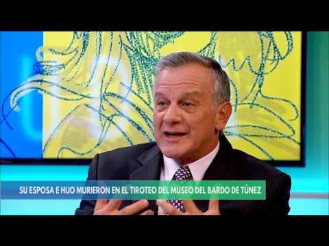 Entrevista con Claudia Palacios-Gral (R) José A. Camelo