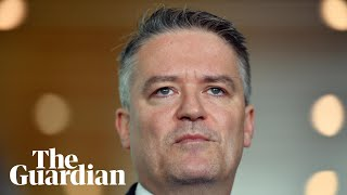 'Admin error' blamed for Coalition's support of Hanson's 'OK to be white'