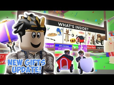 Roblox Adopt Me Pets Toys The New Gifts And Pet Toys Update In Adopt Me I Got So Many Frisbees Youtube