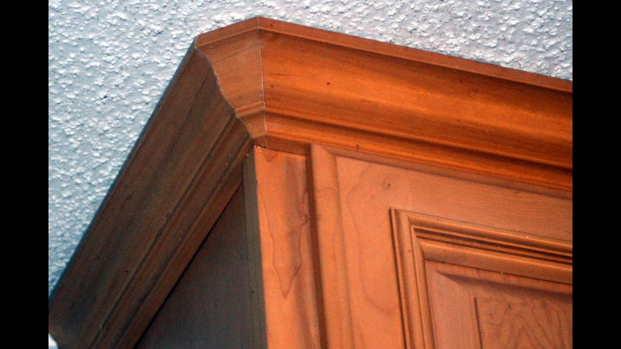How To Cut Crown Molding Round Corners Coping Youtube