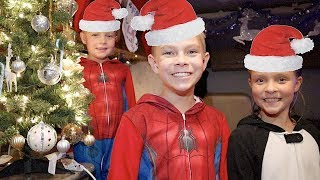 🎅KIDS get to DECORATE our RV for Christmas🎄 Video