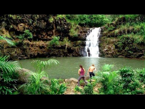 waimea-falls,-hawaii