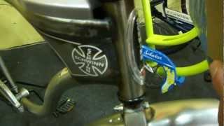 Велосипед круизер Schwinn Corvette Plaid Deluxe 26