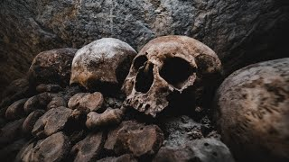 Exploring the Paris Catacombs for the First Time