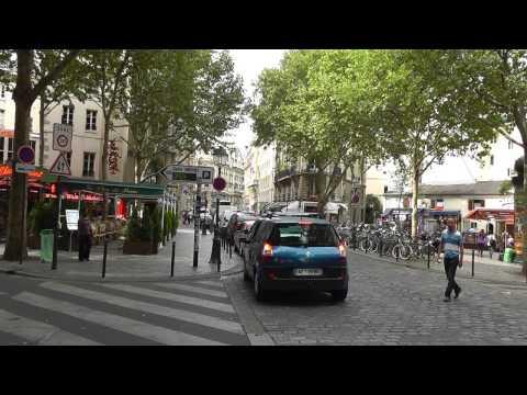 Paris: Boulevard Saint-Michel - Bücher, Wasser, riesige Blasen, Leben, books, water, giant bubbles