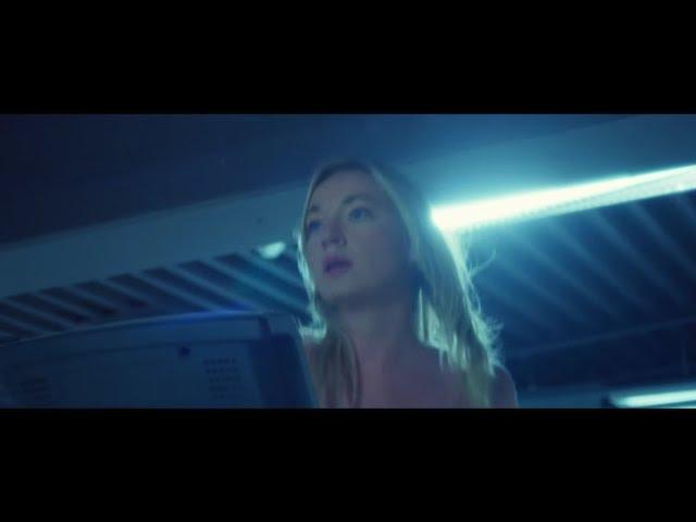 El polémico videoclip de la canción The Great Undressing de Jenny Hval