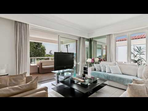 Spacious 4 Bedroom Apartment For Sale in Cannes