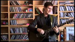 """Color in your Cheeks"" - The Mountain Goats Live"