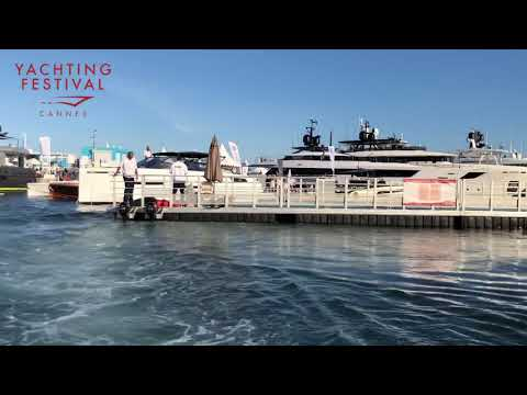 #5 The floating pontoons of the Cannes Yachting Festival 2018