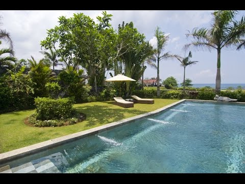 2 Spectacular Ocean View Villas For Sale in Bali